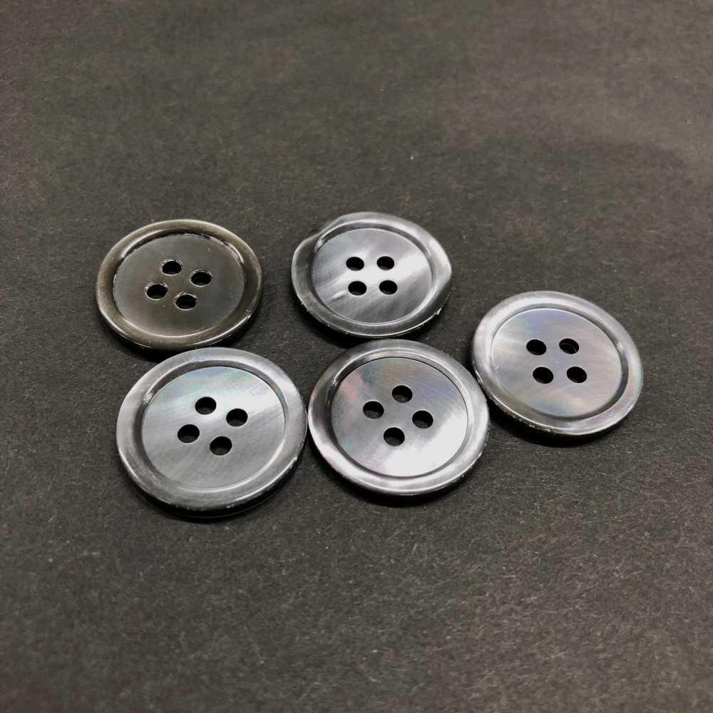 1704 17型4穴貝ボタン